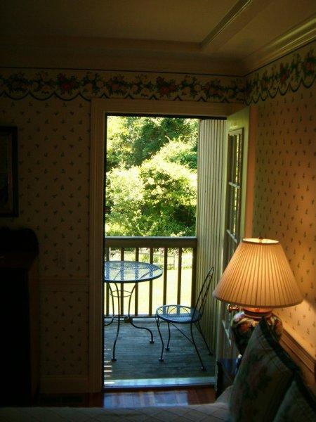 CarriageHouse1-balcony
