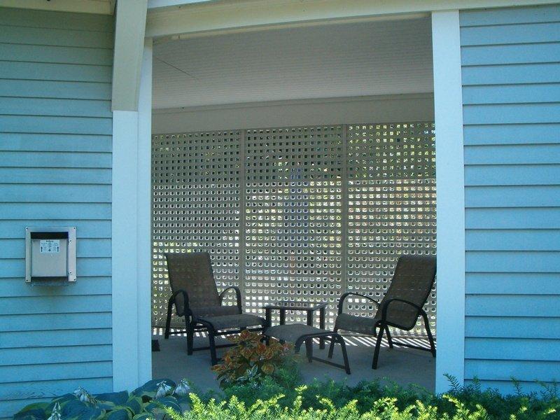 CarriageHouse2-patio