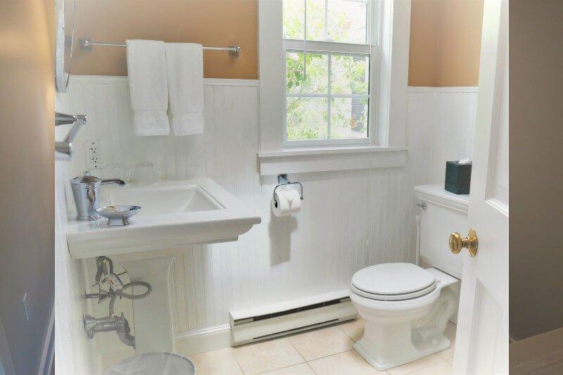 West Suite Bathroom Gallery